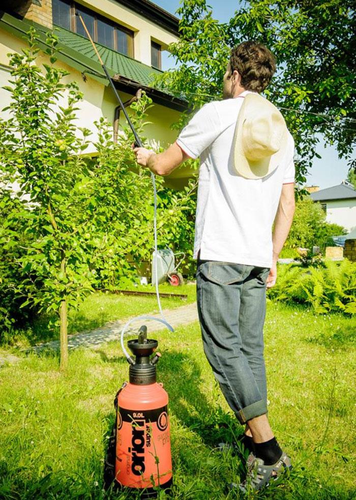 Садовый опрыскиватель Kwazar Orion Super на 9.0 литров